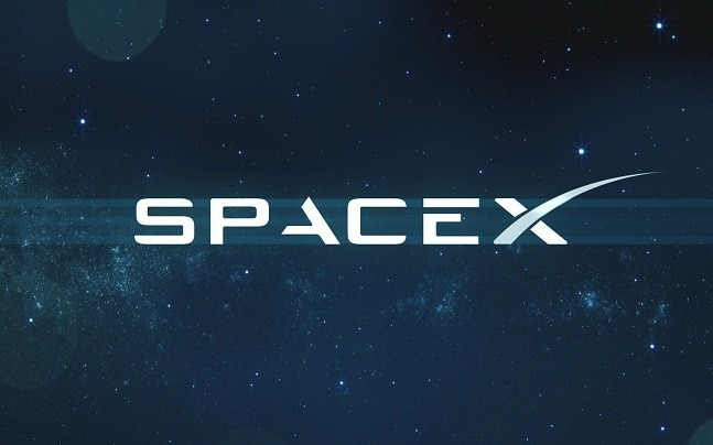 Spacex Becomes The First Private Company To Launch