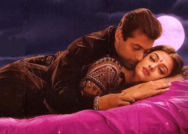 हिन्दी फिल्मों के यादगार रोमांटिक डायलॉग्स