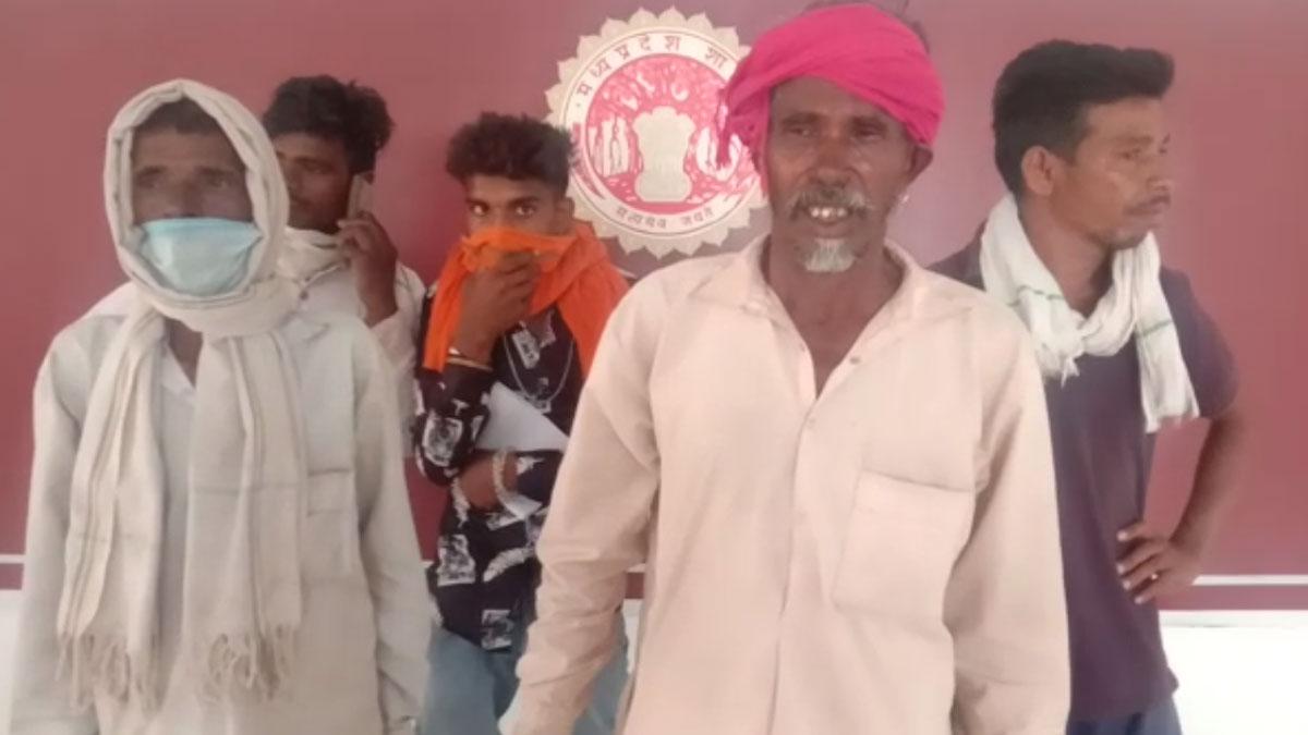 कलेक्टर ने किसान को करोड़ों की 16 बीघा जमीन वापस दिलाई