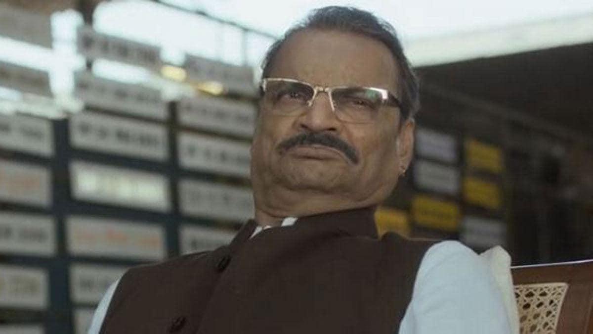 38 सालों से इंडस्ट्री में कायम मिर्जापुर 2 के दबंग 'दद्दा त्यागी' का दबदबा  - mirzapur 2 starcast dadda tyagi character vikram betal writter tmov -  AajTak