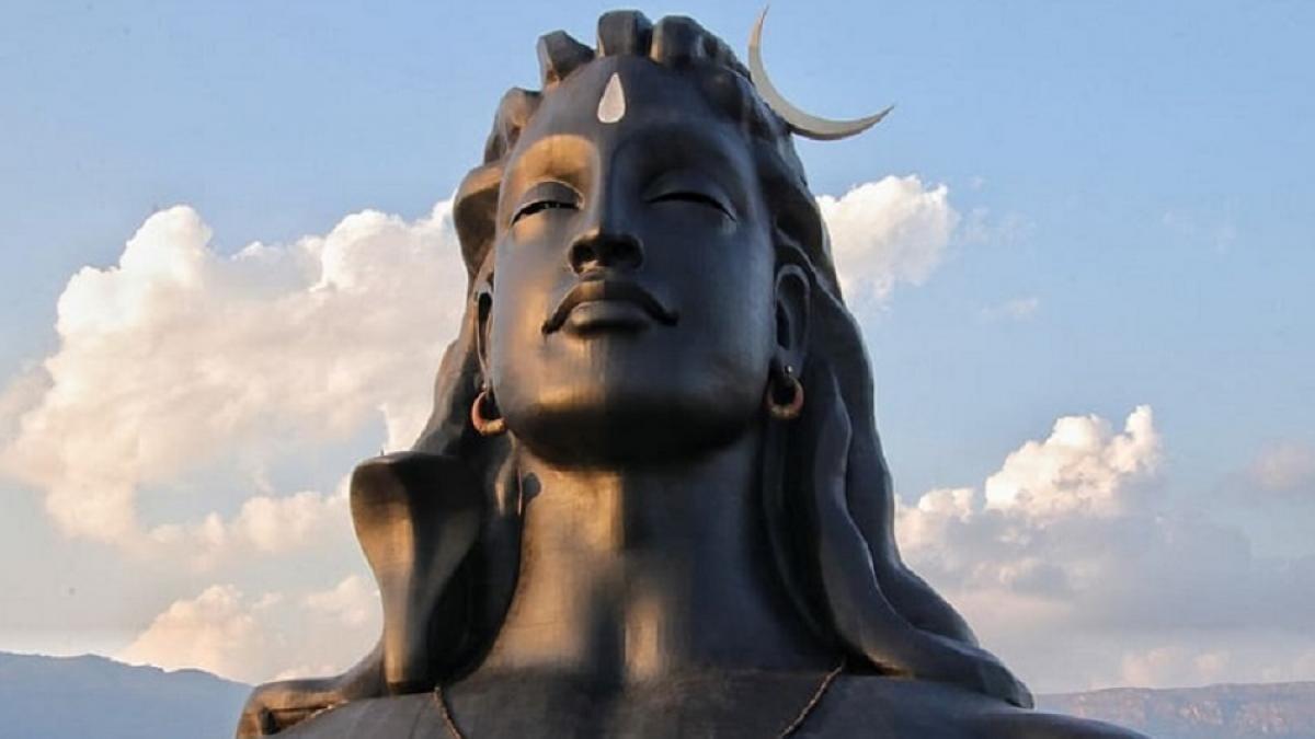 शुक्र प्रदोष व्रत आज, जानें इसकी महिमा और भगवान शिव की पूजन विधि