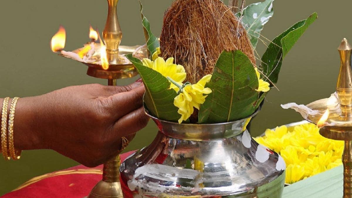 Akshaya Tritiya 2021: कब है अक्षय तृतीया? जानें शुभ मुहूर्त, पूजन विधि और  धन प्राप्ति का उपाय - Akshaya Tritiya 2021 pujan vidhi and shubh muhurt  tlifd - AajTak