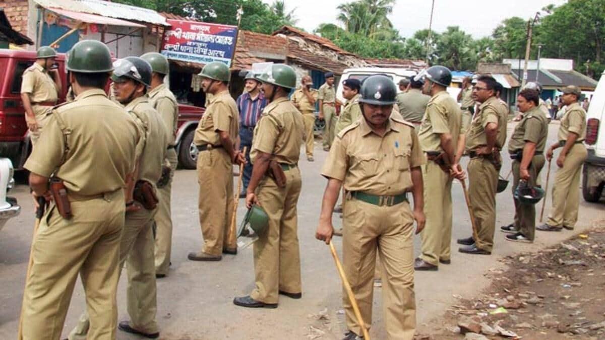 बंगाल में नहीं थम रही हिंसा, कहीं चाकू घोंपकर मार दिया, कहीं कान ही काट दिया