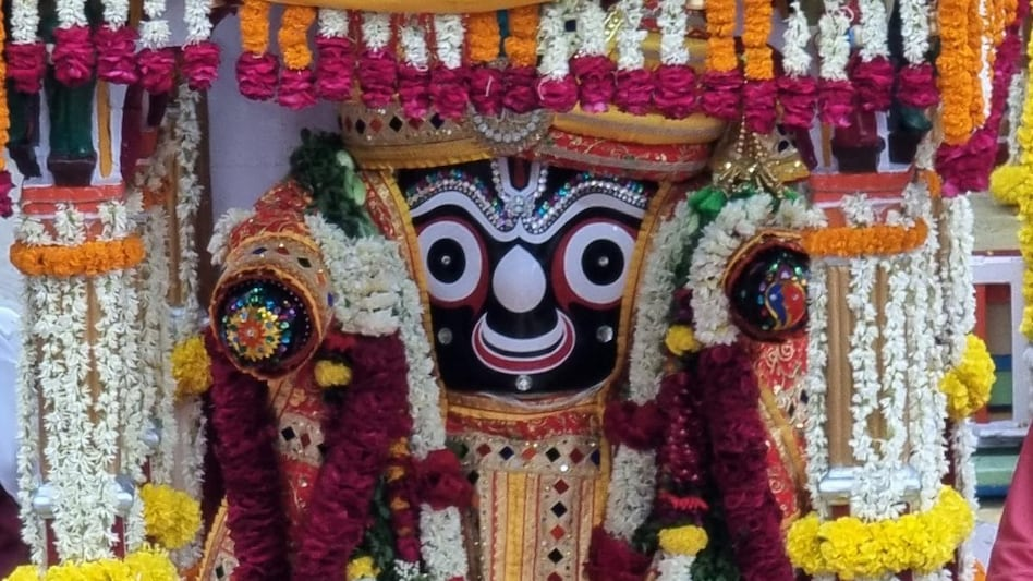 पुरी-अहमदाबाद में निकल रही है जगन्नाथ रथ यात्रा