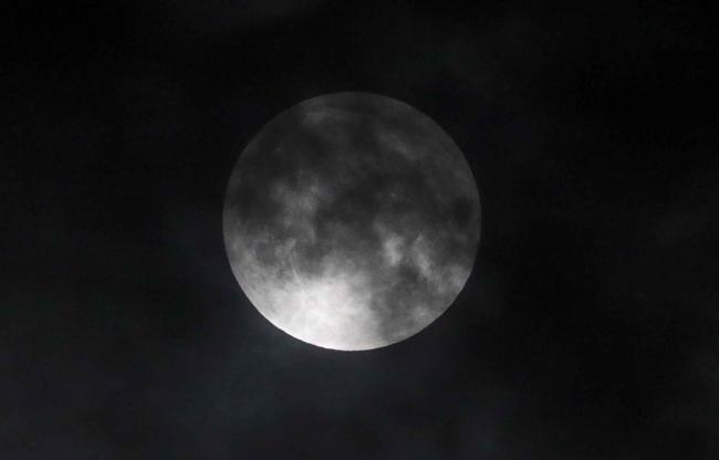 अमेरिका में चंद्र ग्रहण