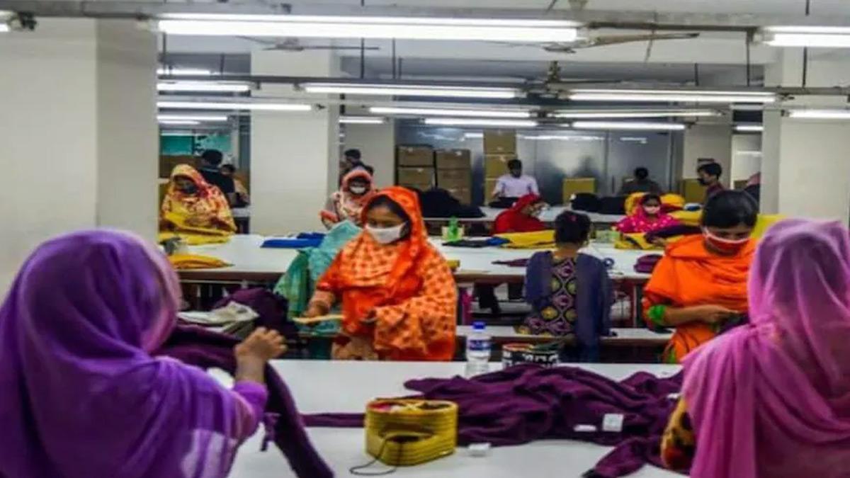 Over 1 cr unorganised workers register on e-Shram portal