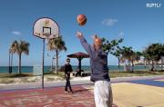 Japanese 'Michael Jordan' shoots three-pointers at the age of 74!