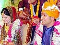Dhoni and wife meet Rahul Gandhi