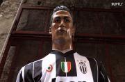 Nativity scene painter creates Ronaldo statues in new Juventus jersey