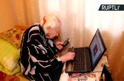 101yo Internet-Savvy Granny Remembers When Electricity Was Introduced