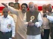 Advani falls in line, agrees to contest election from Gandhinagar