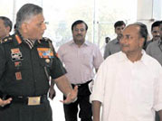 Bribe row: Antony returns the fire