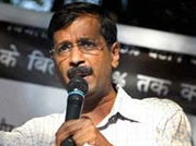 Kejriwal woos traders' community of Varanasi