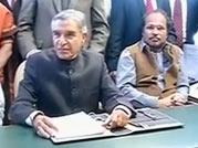 Railway Budget 2013: Will Pawan Bansal roll out a populist Budget?