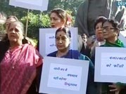 Are our Parliamentarians turning the gangrape into a photo-op?