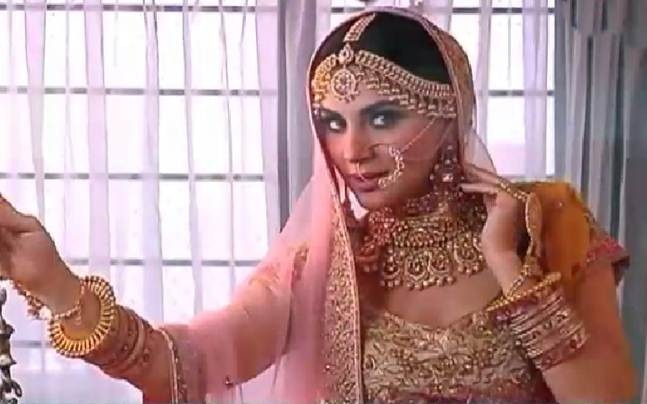 Kundali Bhagya's Preeta aka Shraddha Arya looks stunning in her bridal  avatar