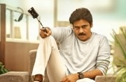 Agnyaathavaasi Movie Review: Pawan Kalyan film is a pointless tale of revenge
