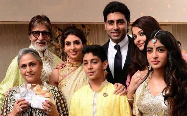 Amitabh Bachchan, Jaya Bachchan, Abhishek Bachchan, Aishwarya Rai Bachchan and Shweta Nanda