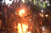 Daredevils hurl flaming FIREBALLS at each other in El Salvador
