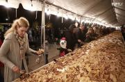 Buenos nachos! More than 2,000 kilos of nachos break unofficial record for the world's largest plate