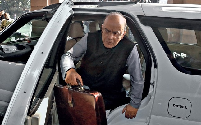 Finance Minister Arun Jaitley arrives in Parliament to present the budget. Source: Reuters