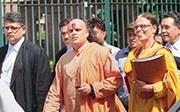 Swami Chakrapani targets Dawood Ibrahim's eatery, plans to turn it into toilet
