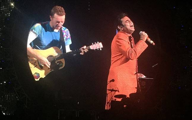 3b39897beb4 6 times Coldplay frontman Chris Martin s love for India fixed you ...