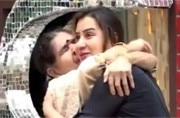 Bigg Boss 11: Shilpa Shinde's mother leaves contestants in tears with her words, watch video