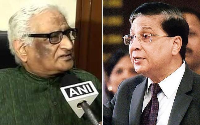 Supreme Court lawyer Rajeev Dhawan (L) had heated exchanges with CJI Dipak Misra (R) last week (ANI/FILE)