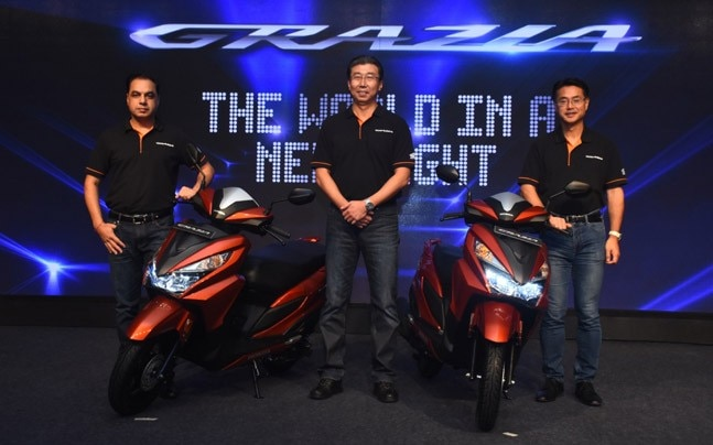 The GRAZIA gets the 125 cc Honda BS-IV HET (Honda Eco Technology) engine which delivers 6.35 kW of power and 10.54 Nm of torque.