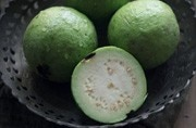 Weight loss to curing constipation, 6 health benefits of eating guava