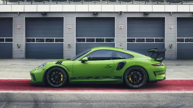 Faster Porsche 911 GT3 RS to be revealed at Geneva