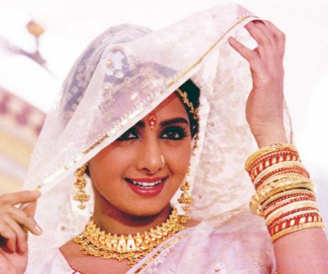 Veteran actress Sridevi Funeral to be done at Mumbai Santacruz Crematorium