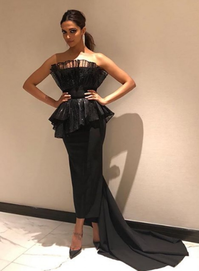 Deepika Padukone looks like a beautiful mystery in this black gown ...