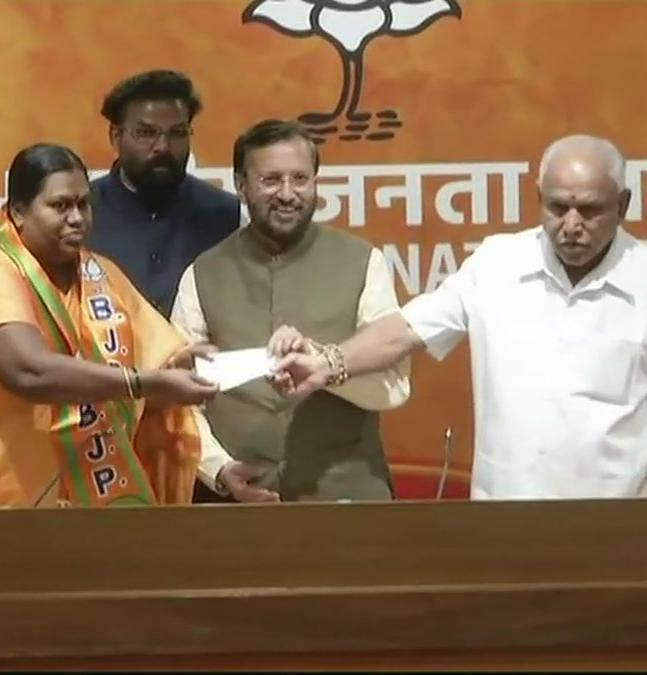 Lalitha Anpur the chairperson of Yadgir city's municipal council also joined BJP