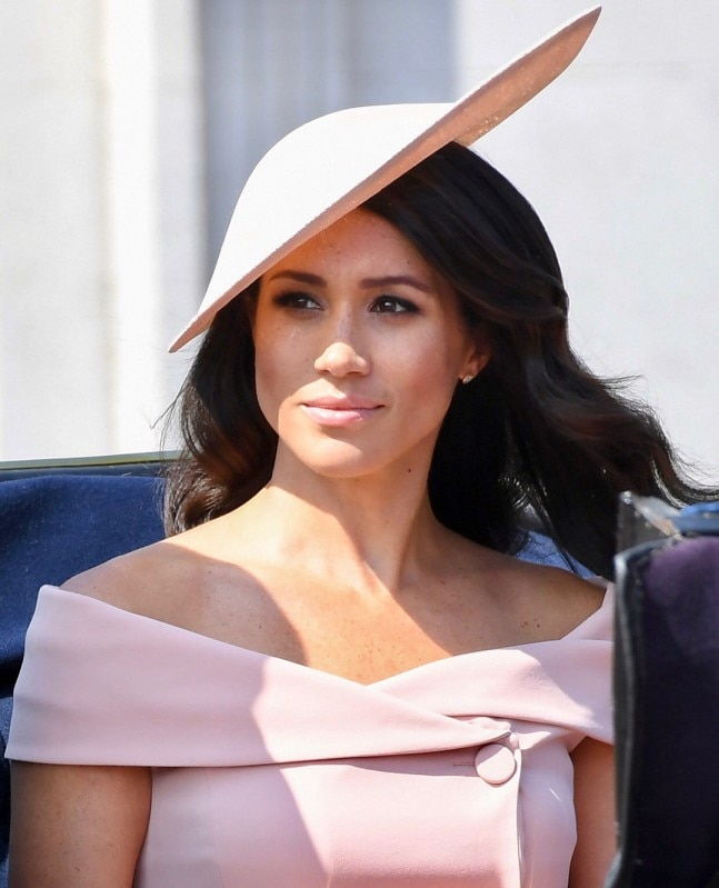 Meghan Markle's dress for Queen's birthday cost Rs 3 lakh ...