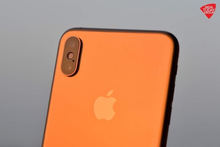 Apple iPhone XS vs Google Pixel 3 XL: 2 top phones, one is