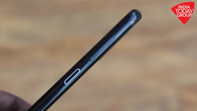 Nokia 4 2 vs Nokia 5 1 Plus: Similar price, premium design but