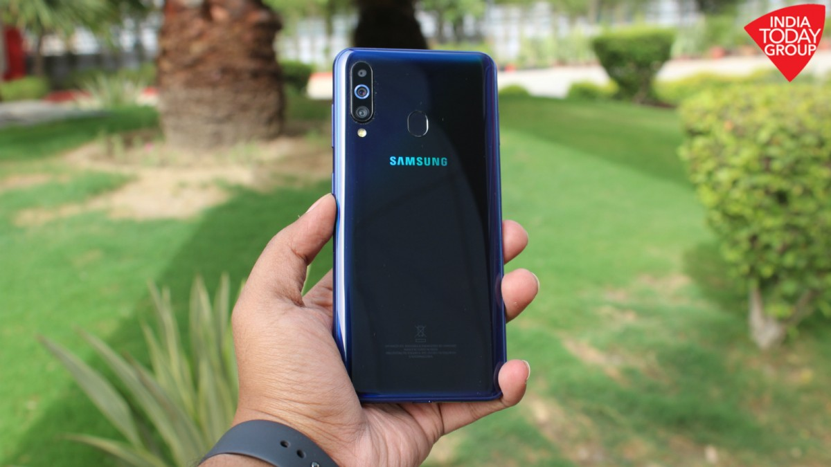 Samsung Galaxy M40 On Sale Today On Amazon Price Specs And