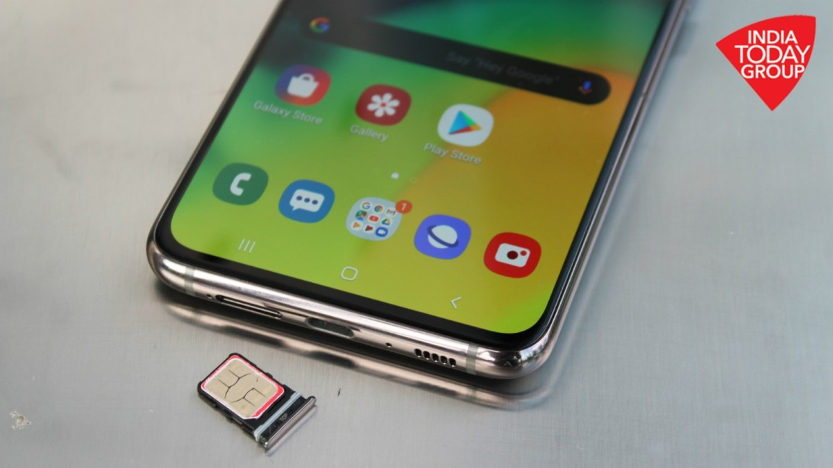 Samsung Galaxy A80 review: Great display, unique camera but