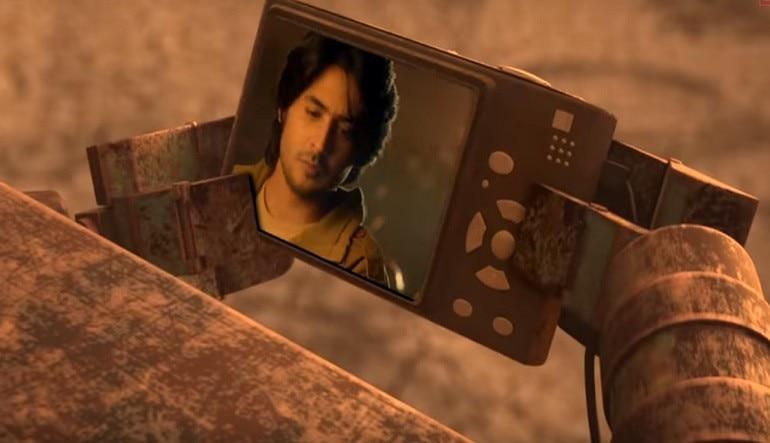 Yaad Piya Ki Aane Lagi Song Out Divya Khosla Kumar Recreates Falguni Pathak S Original