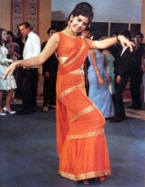 How Mumtaz's orange saree in Tere Mere Pyaar Ke Charche made way for our  saree-gowns - Lifestyle News