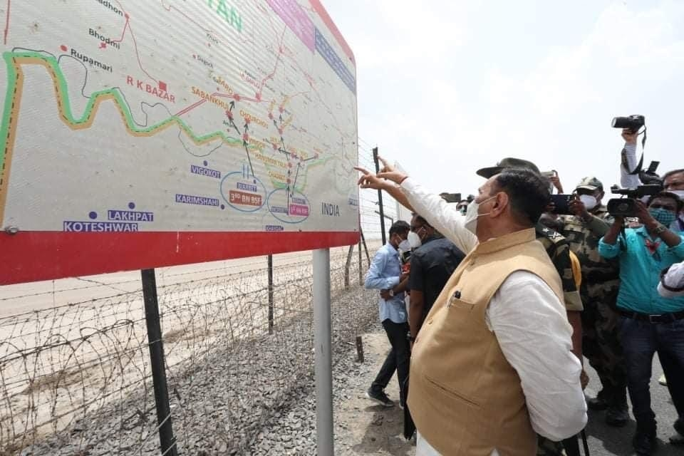 Indo-Pak border tourism project likely to complete on 15th aug, says Guj CM  Vijay Rupani - India News