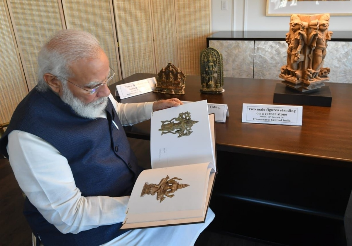 PM Modi to bring home 157 artefacts, antiquities handed over by US   See  pics - India News