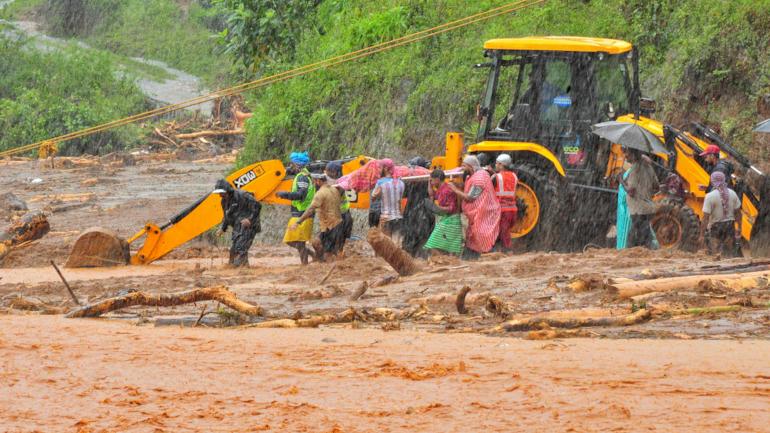 [Image: kerala_floods_monsoon_live_upd.png?E3apL...ze=770:433]
