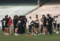 Knight Riders begin selection process