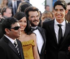 <em>Slumdog Millionaire</em> sweeps Golden Globe awards