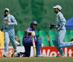 India clinch Dambulla ODI