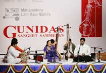 Gunidas Sangeet Sammelan comes to an end