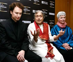 Amjad Ali Khan, European Orchestra team up